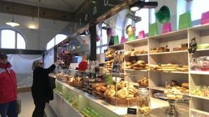htc one bakery