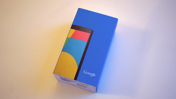 lg-google-nexus-5-box-01