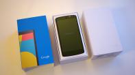 lg-google-nexus-5-box-02