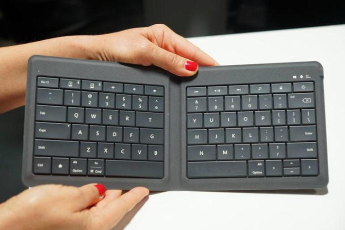 Microsofts senaste tangentbord är vikbart och fungerar med alla plattformar 292dc676c4122