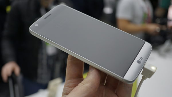 lg-g5-mwc-hands-on-set-2-09